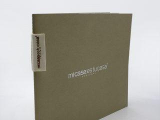 Catálogo com capa serigrafada Mi Casa es tu Casa